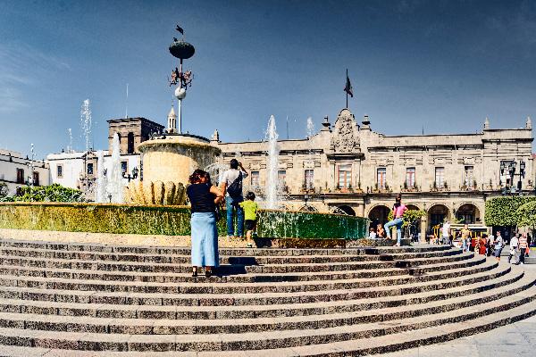 Photo-02-Guadalajara-Plaza